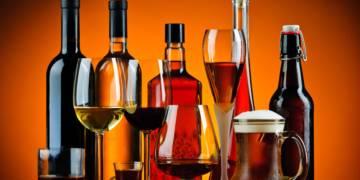 alcohol-en-aislamiento imágen de artículo
