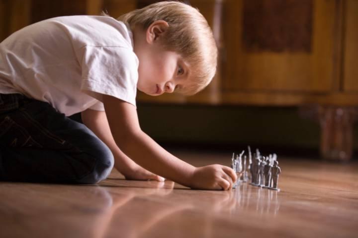 como-saber-si-mi-hijo-tiene-sindrome-de-asperger imágen de artículo