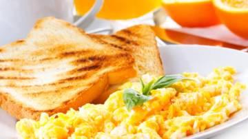 que-deberia-desayunar-para-que-el-organismo-trabaje-correctamente imágen de artículo