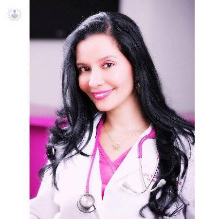 Dra. Mónika Pedreros