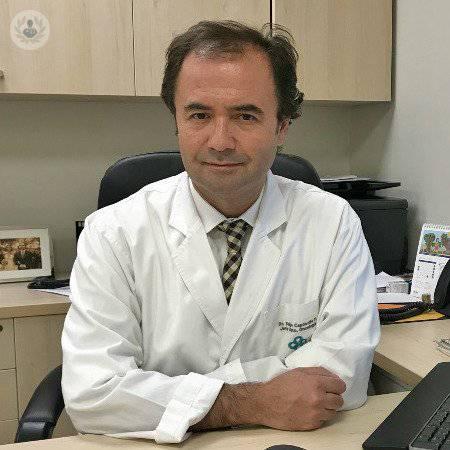 Dr. Felipe Andrés Capdeville Fuenzalida