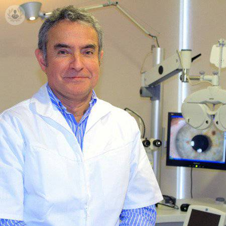 Dr Sergio Tabilo Lattapiat