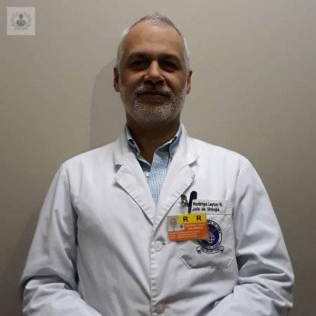 Dr. Rodrigo Leyton Naranjo