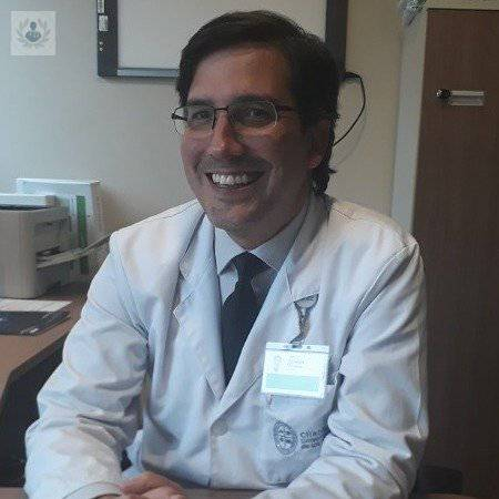 Dr Eduardo Andrés Viñuela Fawaz
