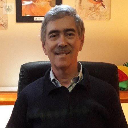 Dr. Enrique Vicentini Castillo